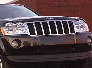 2007 Jeep Grand Cherokee Grille Applique 82209206