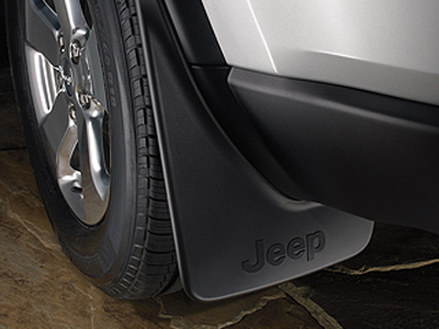 2013 Jeep Grand Cherokee Deluxe Molded Splash Guards