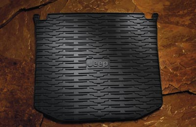 2013 Jeep Grand Cherokee Cargo Area Tray, Molded 82212085