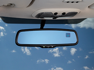 2009 Jeep Compass Interior Mirror w/ Compass and Temperature 82210399